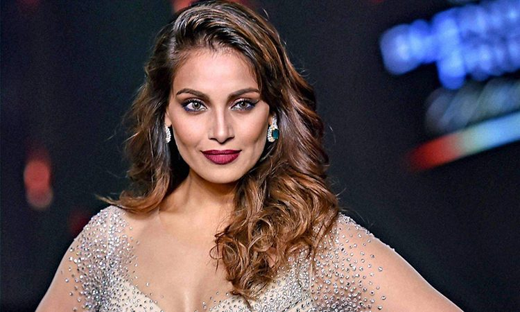 Bipasha-Basu-Plans-Comeback-On-Digital-Platform-With-A-Remake