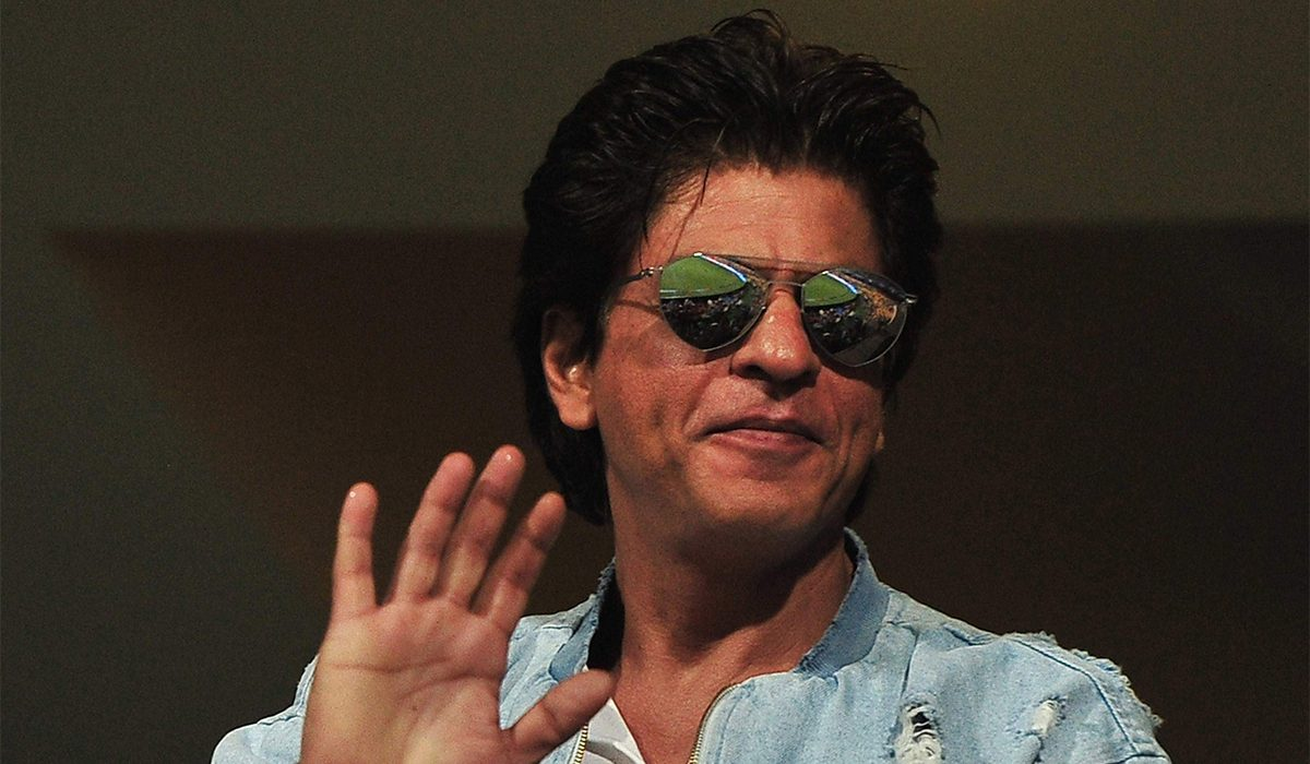 Shah-Rukh-Khan's-approached-Shimit-Amin-for-Jahaazi