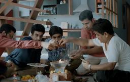 Aapkey Kamrey Mein Koi Rehta Hai Review