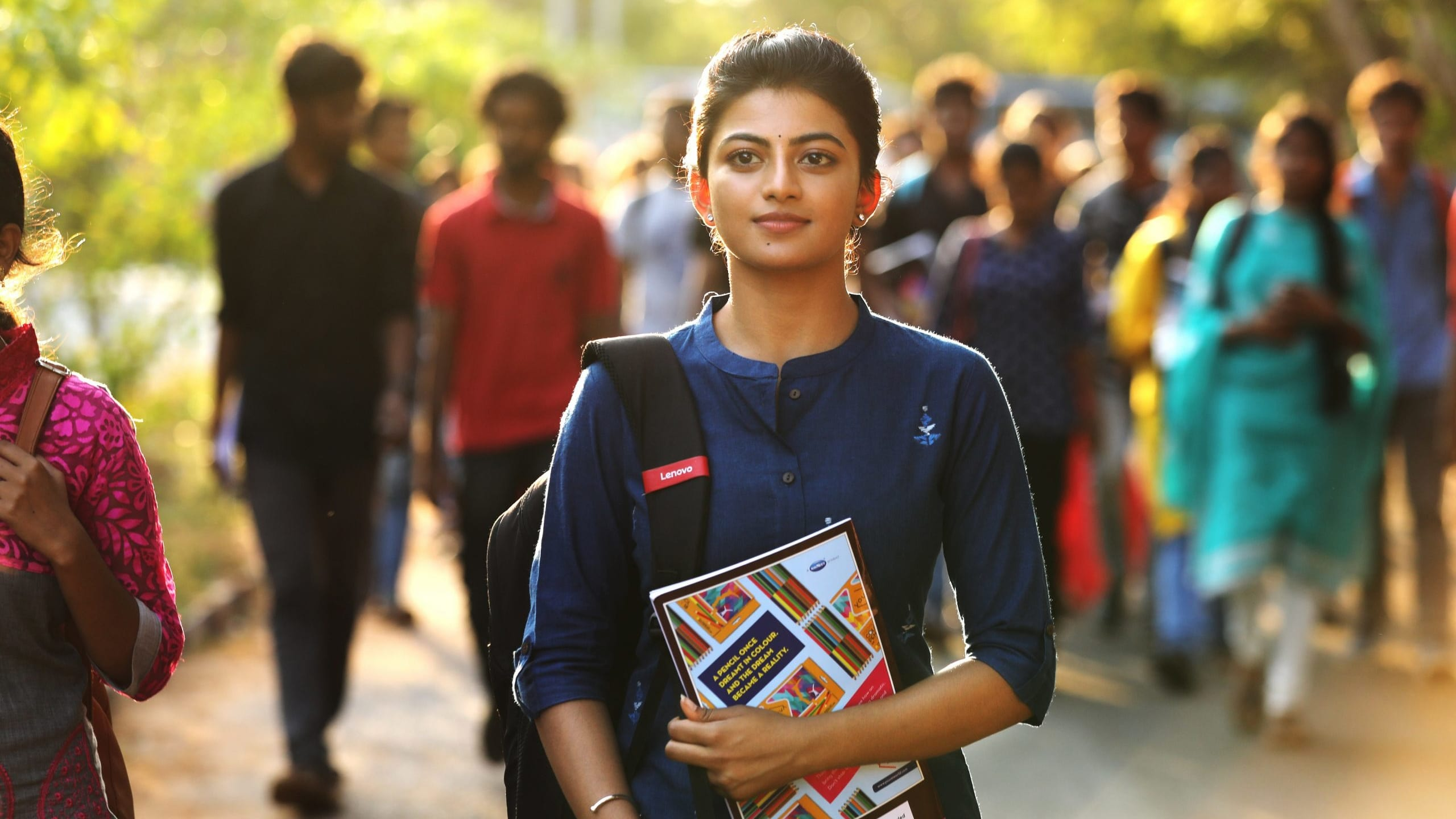 Kamali from Nadukkaveri Movie Streaming Online