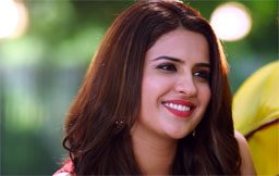 Deeksha Seth - 7 Kadam Web Series Review