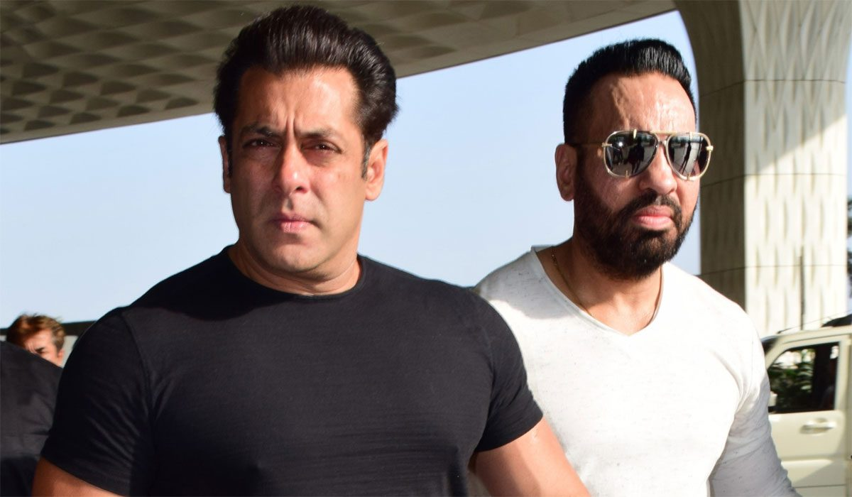 Salman Khan Apologises To Fans And Industry Folk! But Why?