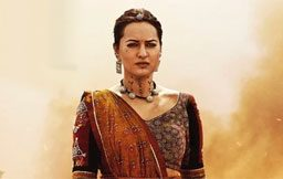 Sonakshi Sinha - Bhuj - The Pride Of India Review